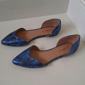 Blue scales justfab flats for sale